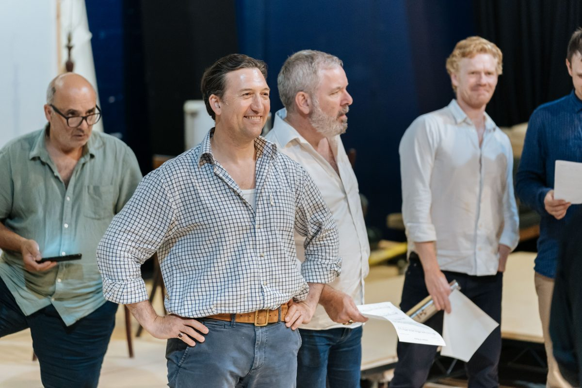 A Very Expensive Poison Cast   The Old Vic